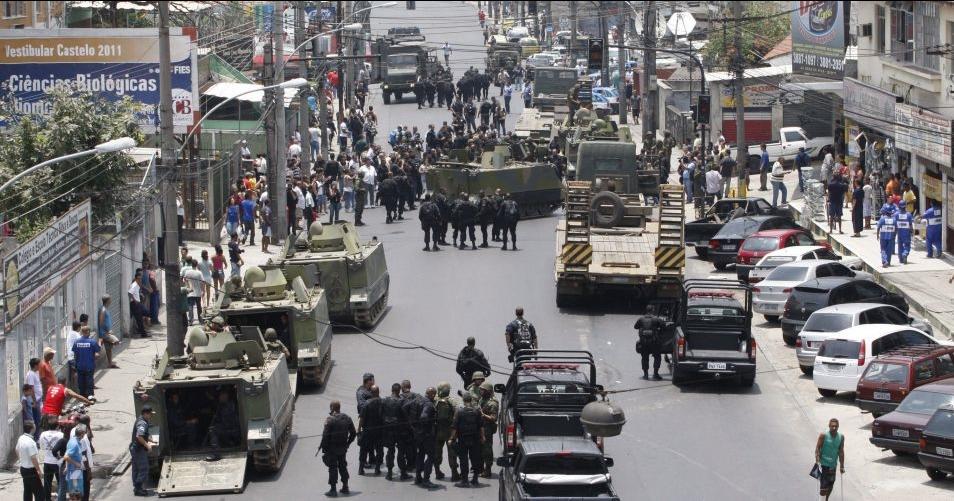 As tropas militares encetaram suas estratégias e fizeram um cerco, impedindo o trânsito e a entrada e saída. Foto: Reprodução