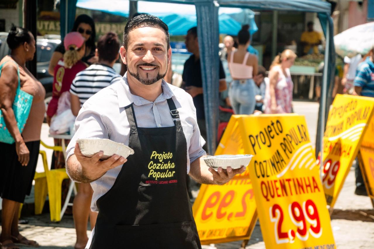 Projeto Cozinha Popular oferece quentinha por R$2,99no Complexo do Alemão