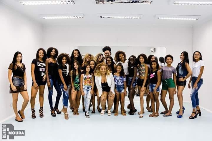 Favela é Fashion abre seleção para novas turmas de modelos