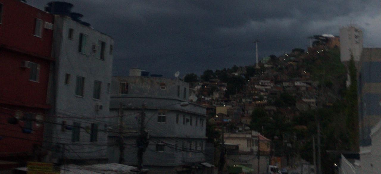 URGENTE! #ChuvaRj: Escolas Municipais e Estaduais do Rio cancelam aulas