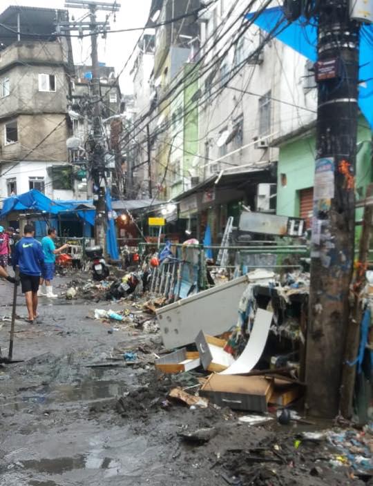 #ChuvaRJ: Rocinha é a comunidade mais afetada pela tempestade