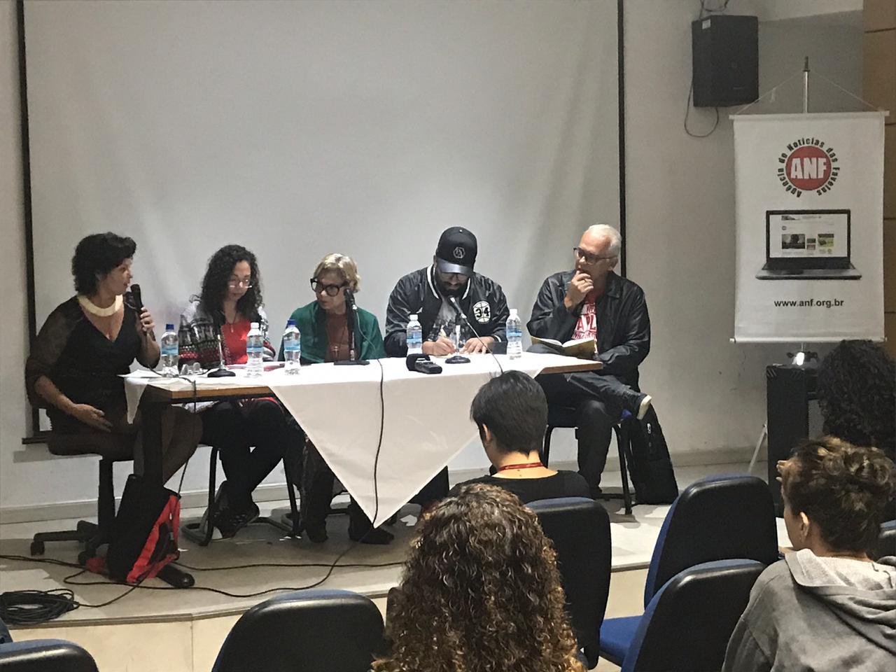 Encontro de Comunicação Comunitária reúne jornalistas e lideranças na Urca