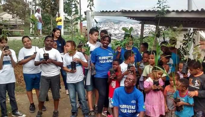 Viveiro no Morro do Adeus recebe detentos em busca de ressocialização