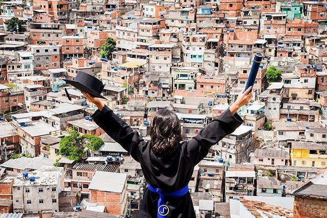 #Opinião: A juventude favelada e sua importância no processo de construção da democracia