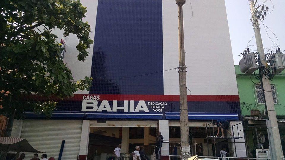 Casas Bahia encerra atividades no Complexo do Alemão