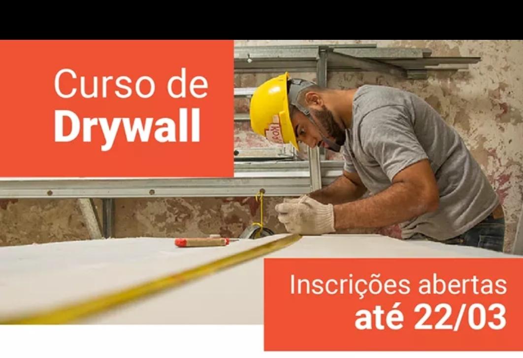 Curso gratuito na área de Construção Civil é oferecido na Maré