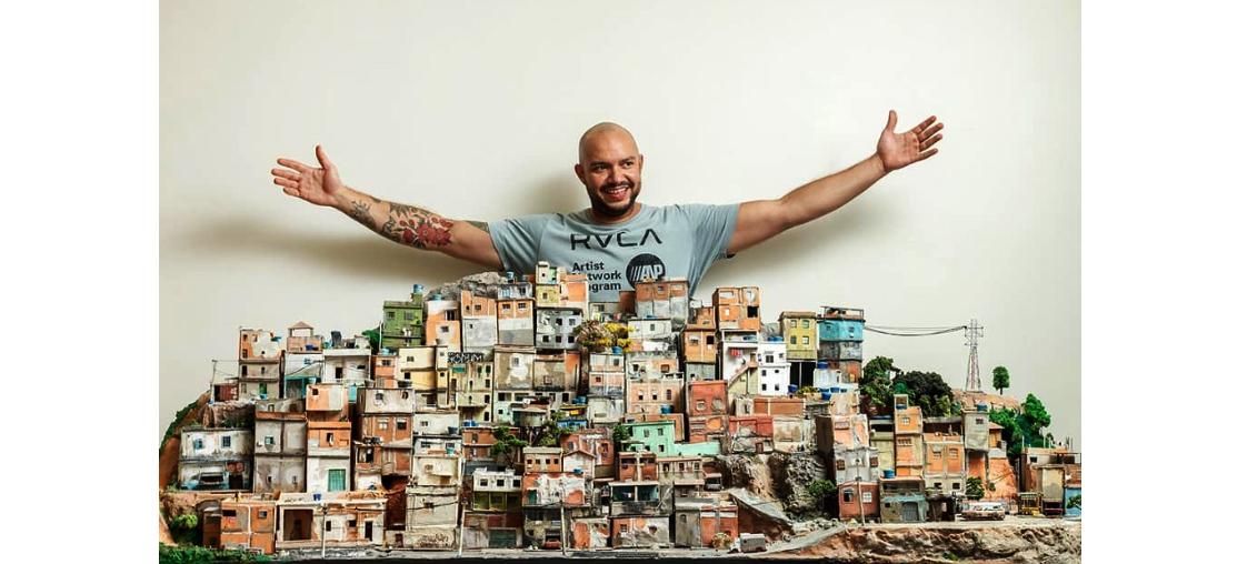 Favelas viram miniaturas nas mãos de artista plástico mineiro
