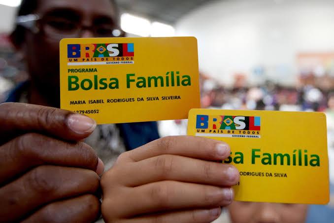 Programa Bolsa Família beneficia milhares de famílias de baixa renda