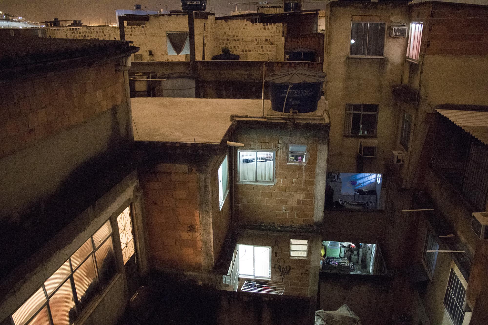 Fotógrafo registra o íntimo das favelas