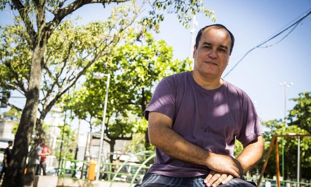 Morre Ecio Salles, um dos criadores da Flup