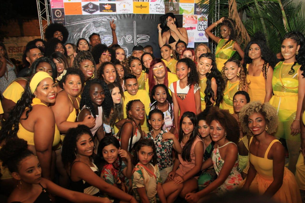"""Favela é Fashion emociona Complexo do Alemão com a coleção """"Yellow"""""""