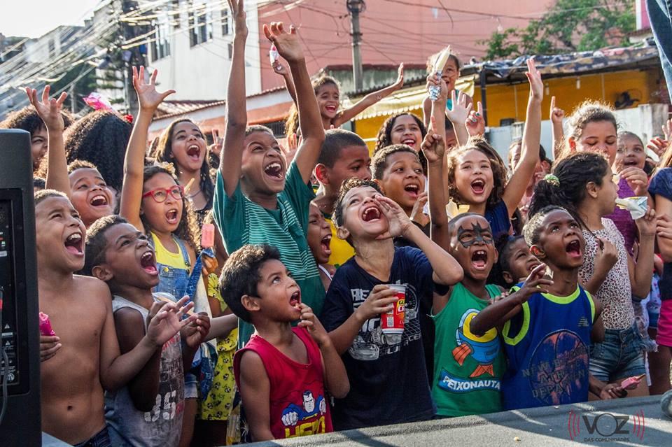 """Oitava edição do """"Pintando 7 no Alemão"""" promoverá um dia de festa pra crianças no Complexo"""
