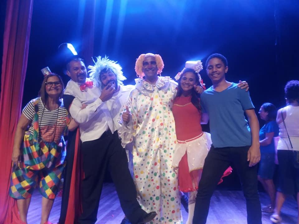 Projeto Arte Transformadora lança programa de associado atender crianças do Complexo da Penha