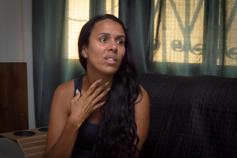 """Moradora do Alemão conta como sobreviveu à Linha Chilena: """"Quando percebi eu já estava ferida"""""""