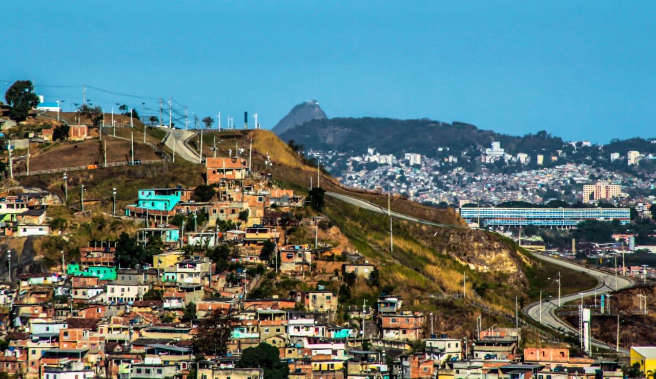 #COVID19NasFavelas: Prefeitura do Rio precisa levar água pra favela