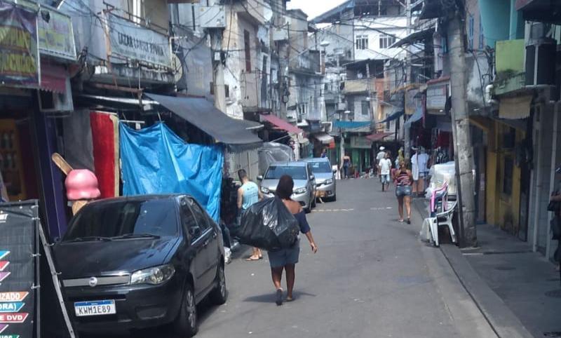 O medo do desemprego e o aguardo do auxílio emergencial