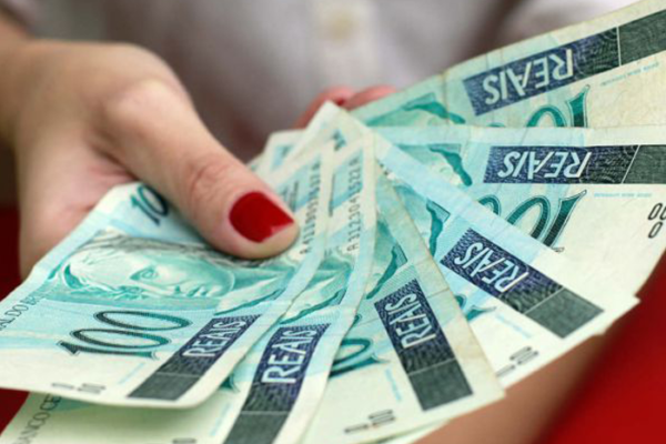 Auxílio emergencial de R$600: Quem tem direito?