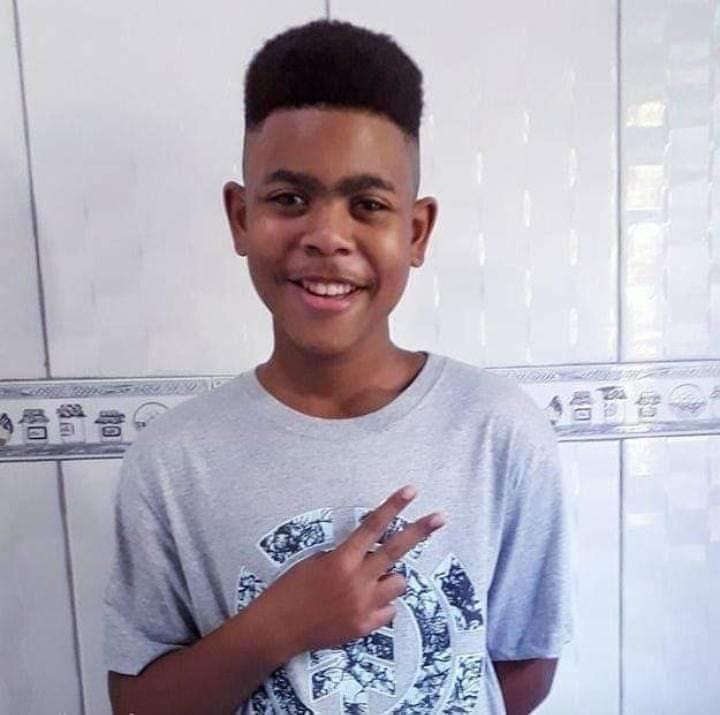 Morre jovem de 14 anos baleado em casa no Salgueiro, em São Gonçalo