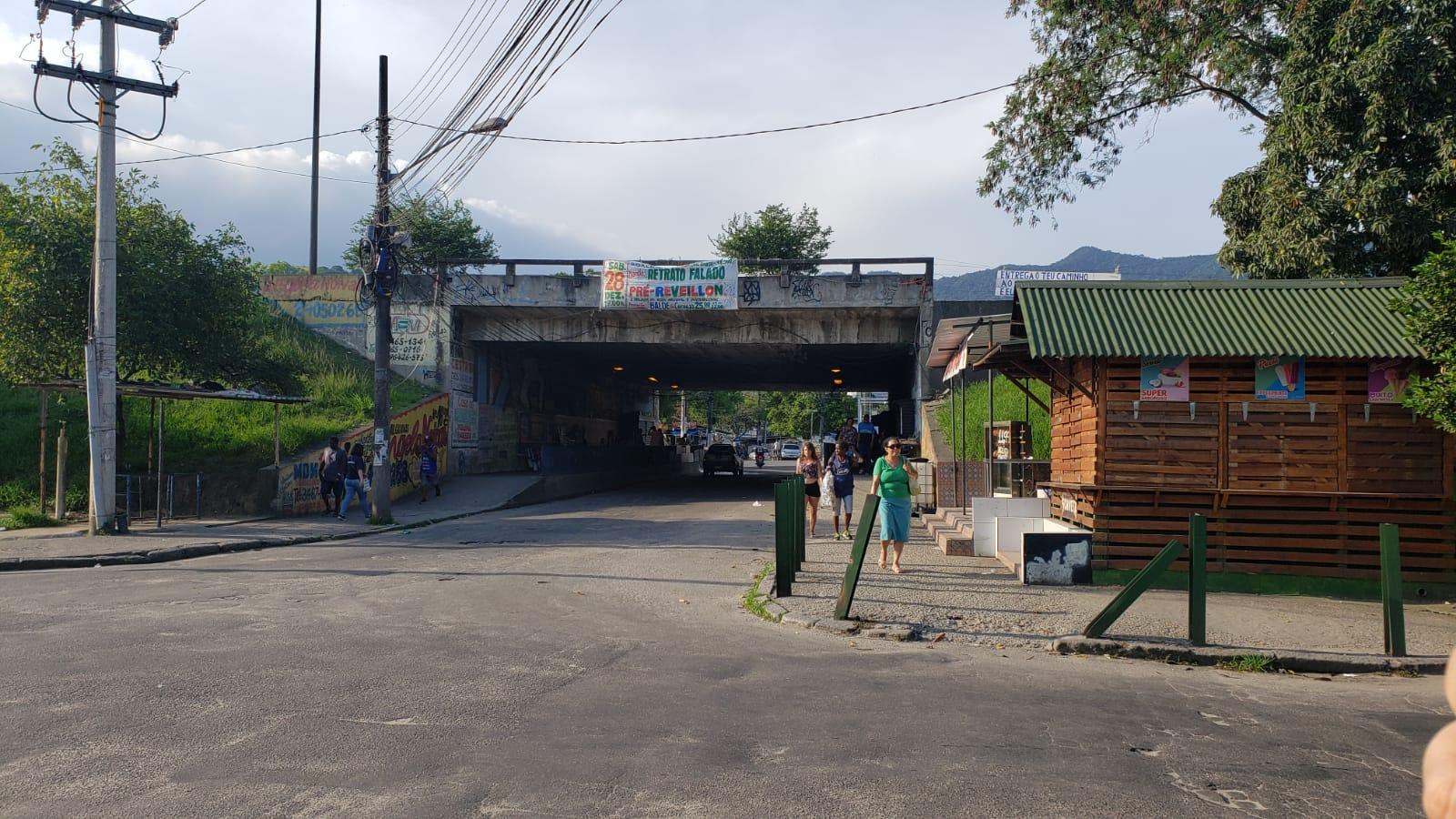 Sem exames, Vila Kennedy conta 22 óbitos por COVID-19, enquanto Prefeitura registra 9 mortes