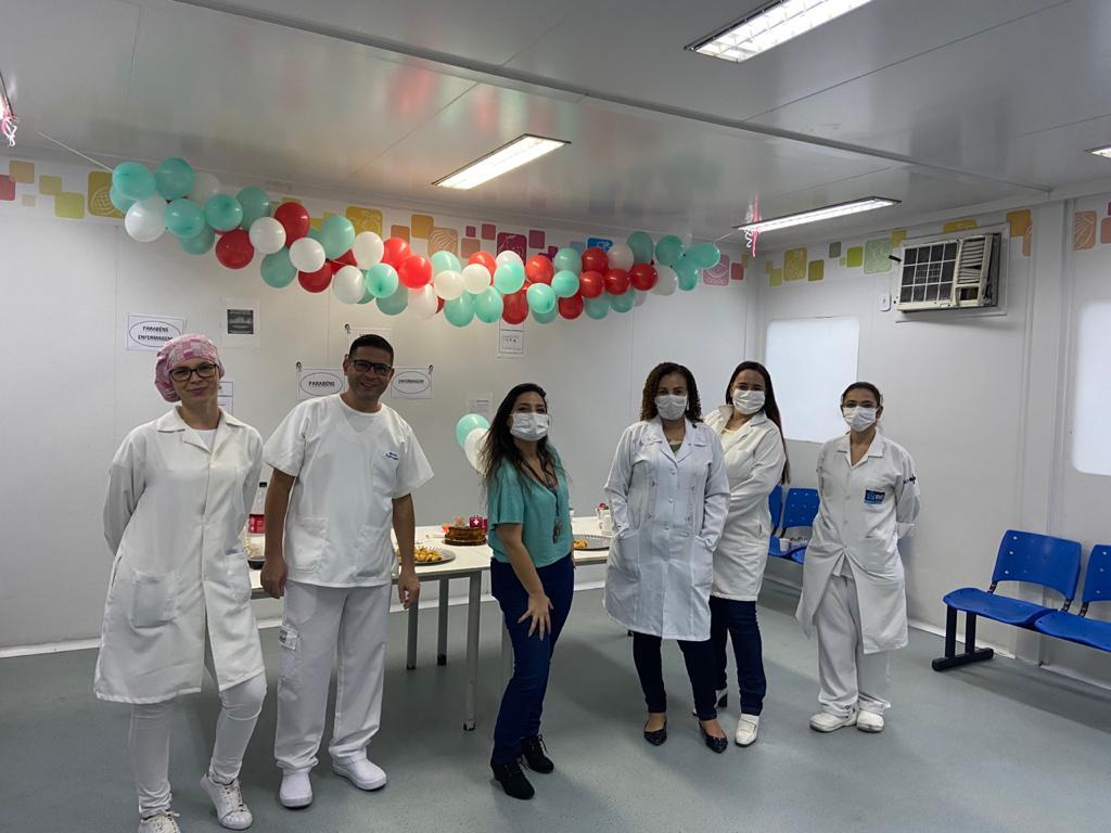 Coordenadores da UPA do Alemão fazem homenagem aos enfermeiros