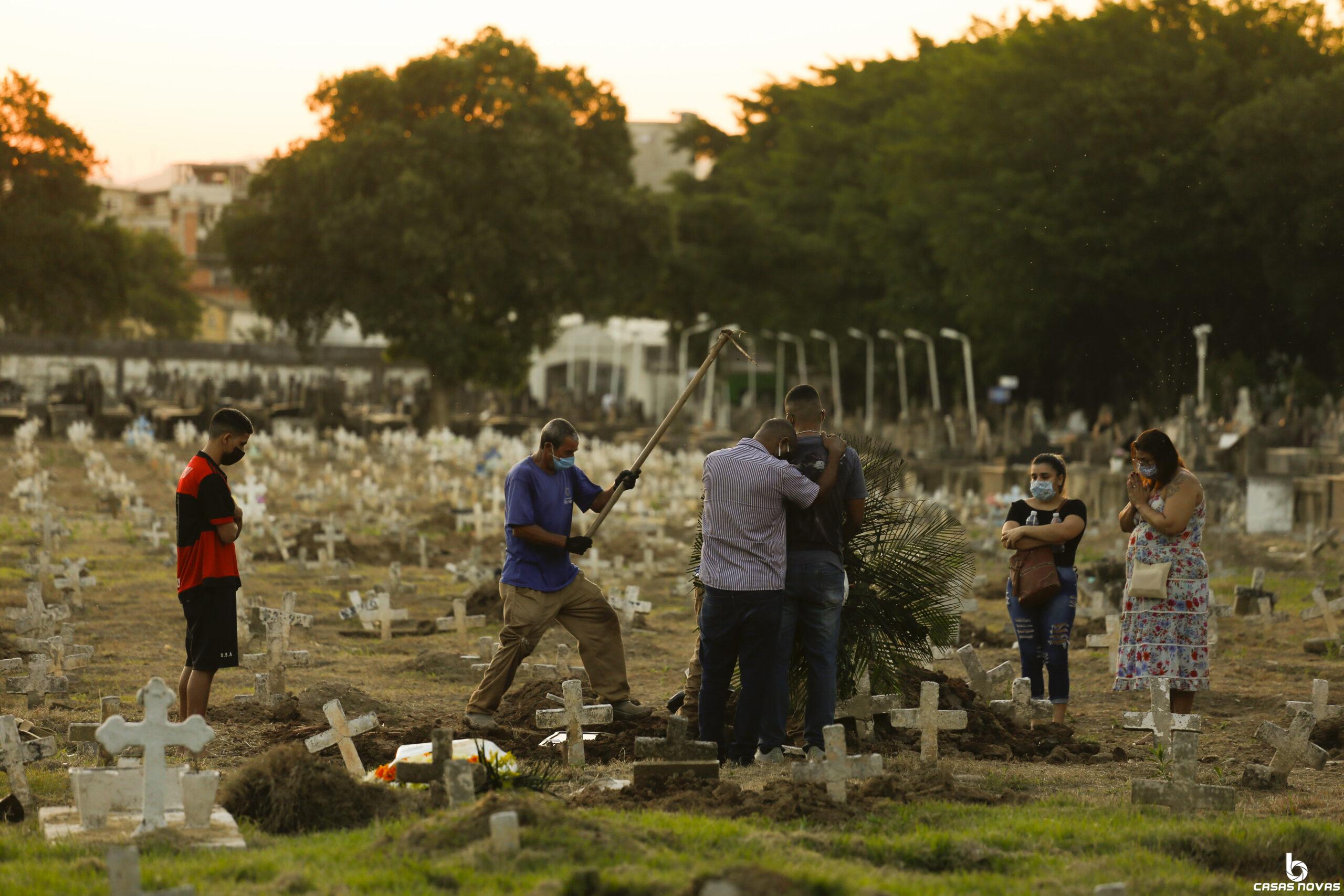 Nas favelas, mortes confirmadas por coronavírus passam de 100
