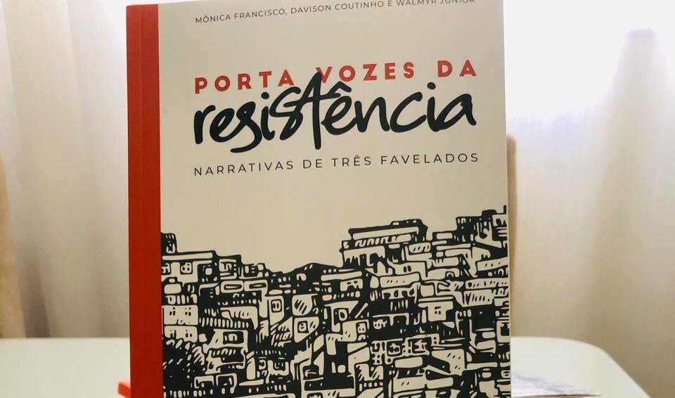 Porta Vozes da Resistência: três escritores lançam livro sobre vivências na favela