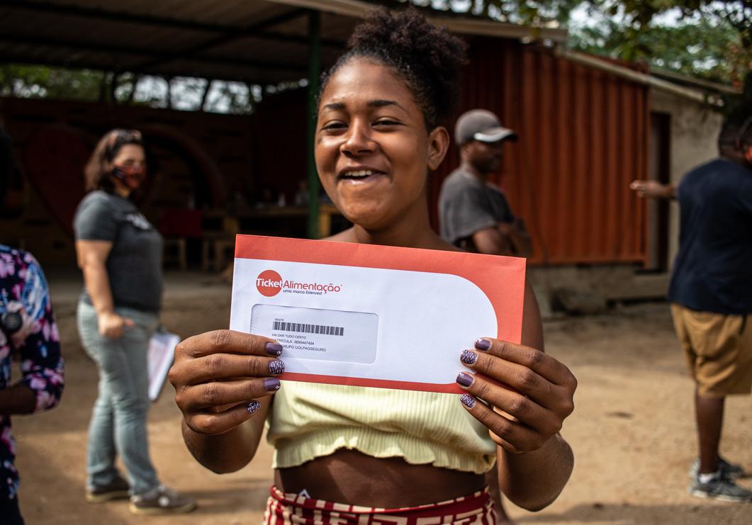 ONG Haja distribuiu quase 2 mil cestas básicas e digitais no Borel e Jardim Gramacho