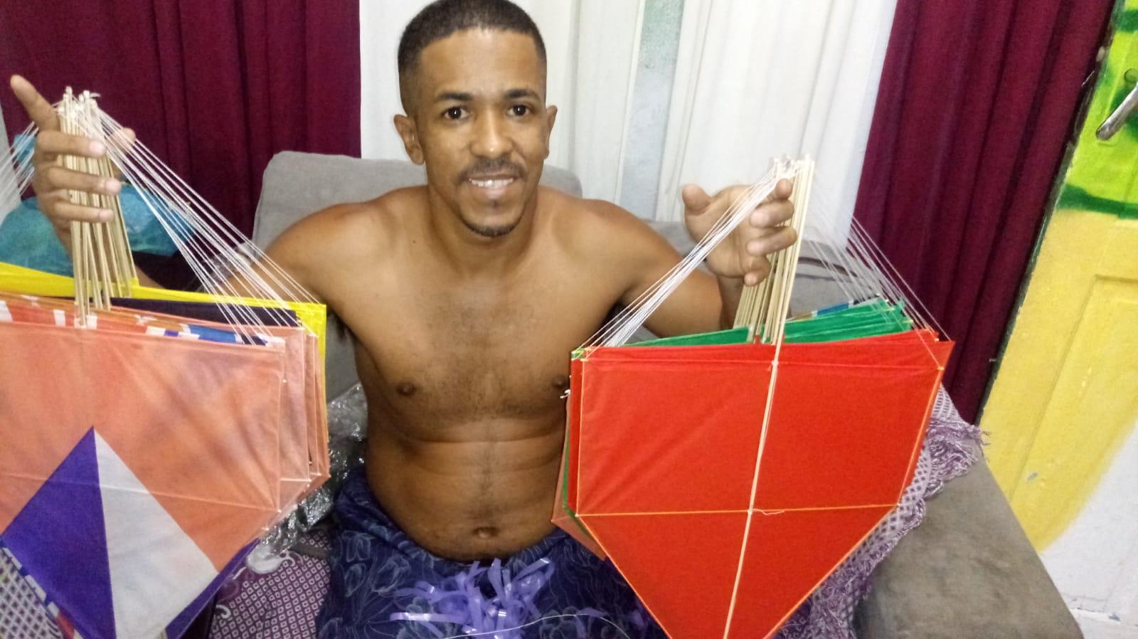 Venda de pipa se torna fonte de renda na favela durante a pandemia