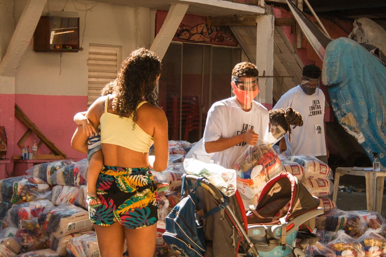 Organizações sociais do Jacarezinho se unem para ajudar mães afetadas pela pandemia