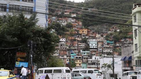 Coletivo Brota na Laje faz vaquinha online para ajudar famílias das favelas da Tijuca