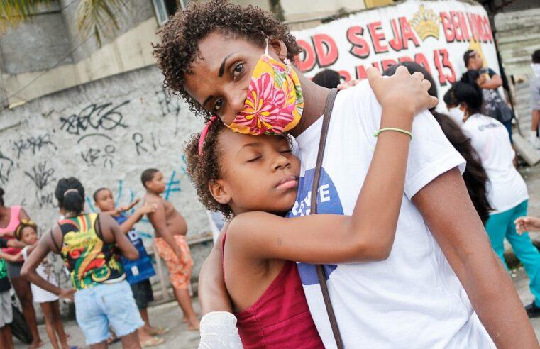 Coordenadora do projeto RH Social na Cidade de Deus luta contra o descaso do Estado na favela