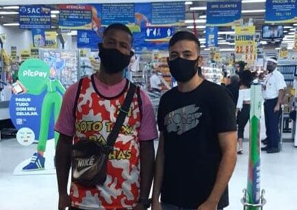 Jovem negro denuncia racismo sofrido no Guanabara de Inhaúma